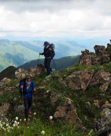 Jiuzhaigou Trekking